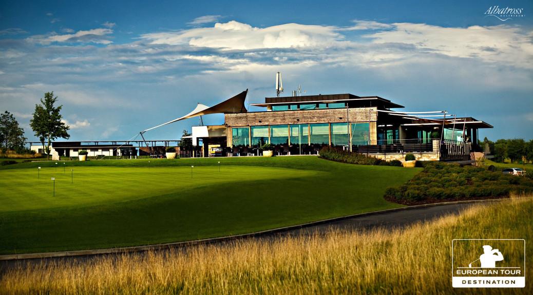 Pohled na golfový resort Albatross.