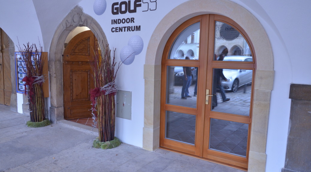 Indoor centrum na Smetanově náměstí v Litomyšli čeká na první účastníky turnaje.